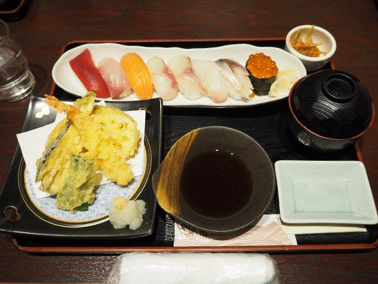 札幌で食文化体験!握り寿司体験!