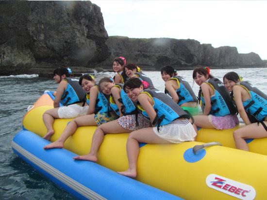 バナナボートで行く クマノミ・シュノーケル