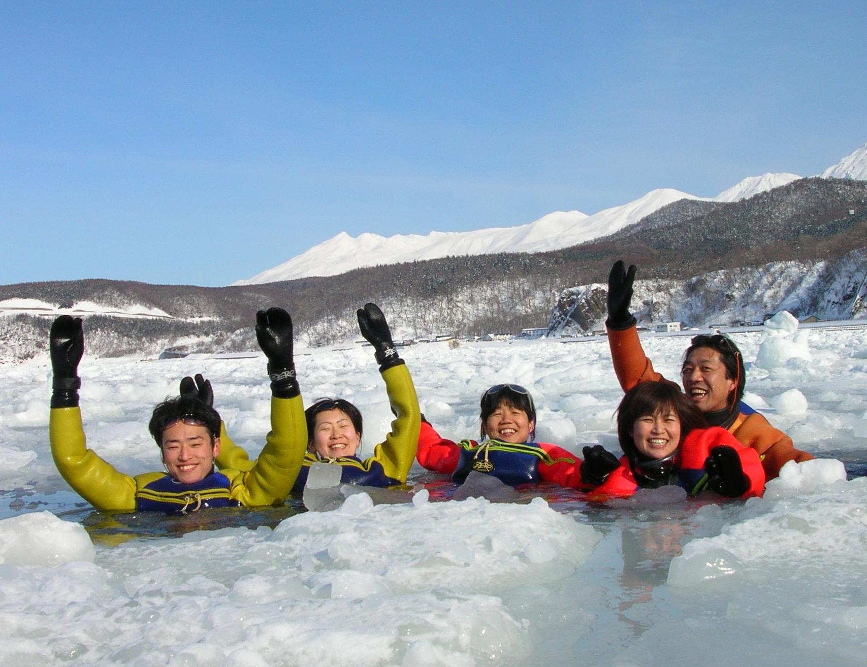 スノーシューハイキング、流氷ウォーク、冬の動物ウォッチングと、知床の冬を思いきり満喫できます!
