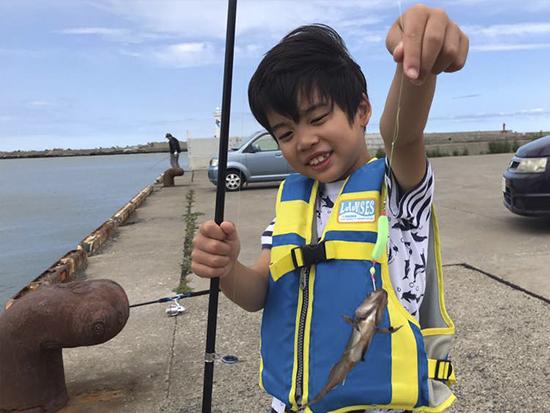 網走川の河口や港で魚釣りをしよう!