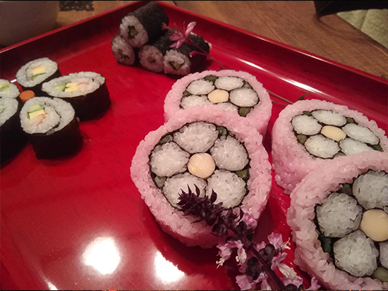 日本の伝統「飾り巻き寿司」をつくって食べよう♪
