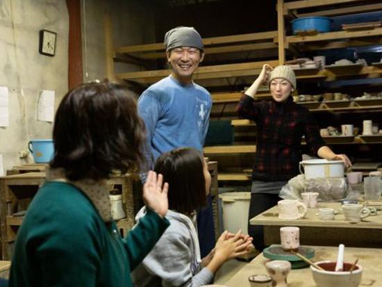 ゆっくりとした時間の流れる中で陶芸してみよう!