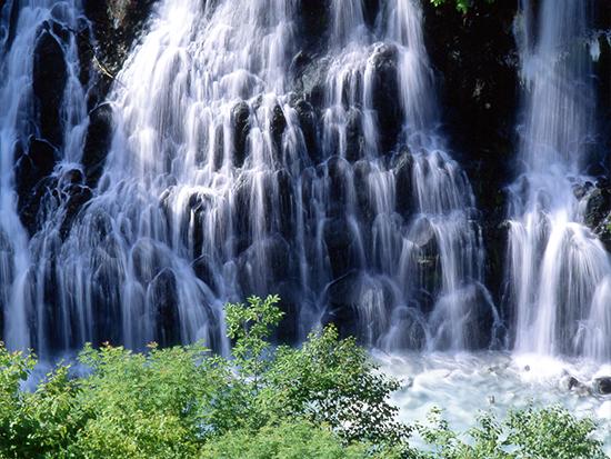 しらひげの滝(イメージ)
