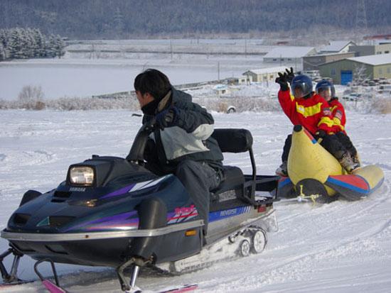 【冬季】富良野 スノーバナナボート【2kmコース】