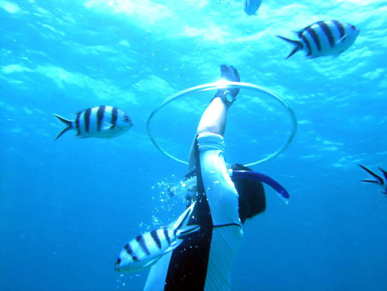 タンクやライフジャケット無しの「素潜り」!コツを掴み海の楽しみを広げよう!ボートスキンダイビング!