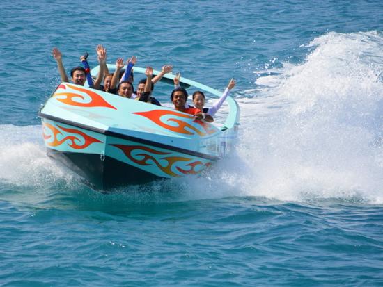 本部発 ジェットボート+美ら海パラセーリング