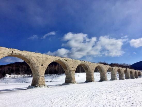 幻になる日も近い!?タウシュベツアーチ橋!冬だから見られるこの姿を目に焼き付けよう!