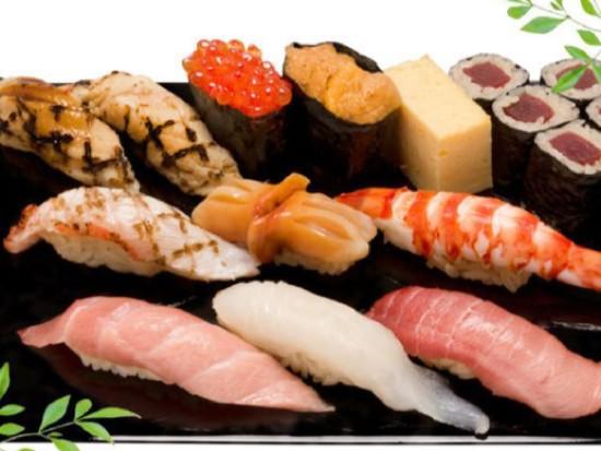 豊洲市場の絶品握り寿司をお召し上がりください!