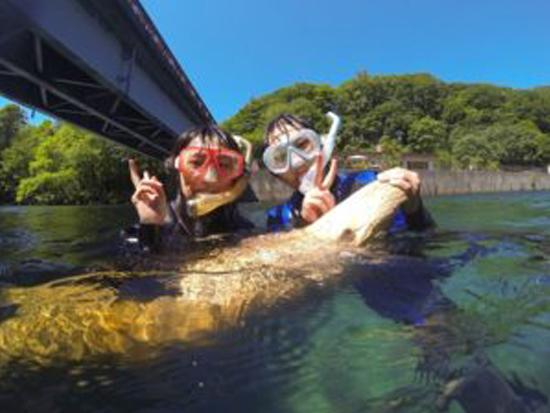 水質日本1位の水質透明度を誇る国立公園支笏湖でクリスタルブルーを見に行こう!